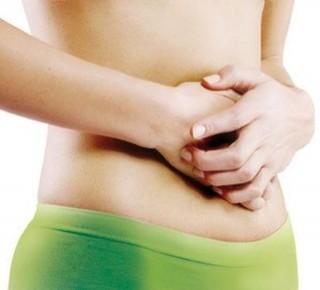 Il fondo di stomaco di dolore in dorso passa danni a